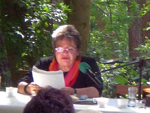 Walfriede Schmitt liest Episoden aus dem Leben John Heartfields und der Familie Herzfeld