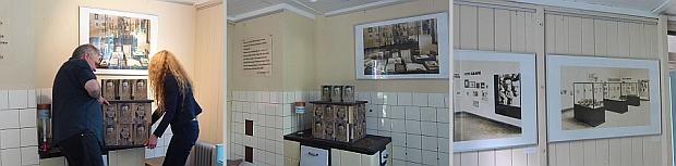 """Michael Krejsa und Susanne Thier stellen den Bücherturm auf. Solch ein Turm, allerdings mit dem Buch """"Zement"""" stand bereits in der Ausstellung 1929 und wurde nachgebaut."""