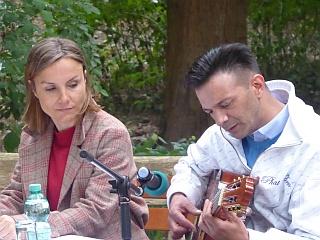 Janko Lauenberger bringt klassische Sintiklänge á la Django Renhardt zu Gehör